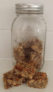 muesli-bars-jar